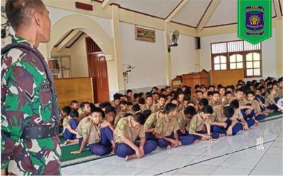 Kegiatan Orang Tua Mengajar pada hari Ulang Tahun Ke 74 TNI Republik Indonesia